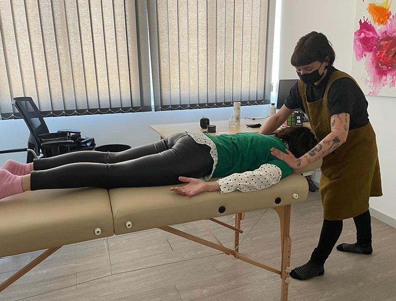 Séance de massage, l'occasion d'évoquer le bien-être au travail